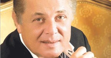 محمود عبدالعزيز على تويتر حد يحصلنى وساويرس لا يا مستجد