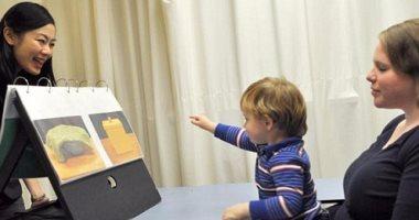خلى بالك.. دراسة أمريكية: الأطفال يكتشفون كذب أبويهم من عمر  6 أشهر