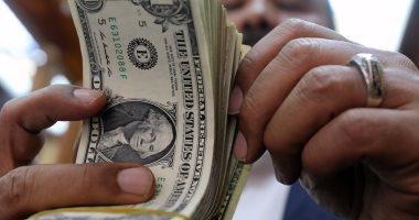 الدولار يسجل 17.86 جنيه.. واليورو بـ2119 قرشًا