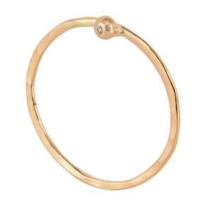 Henrietta ring