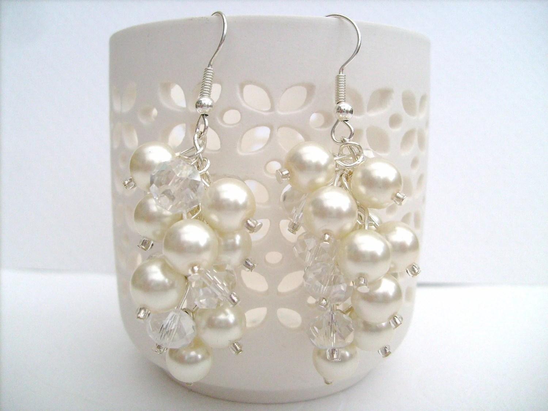 Ivory Pearl Cluster Earrings Bridal Pearl Earrings Beaded