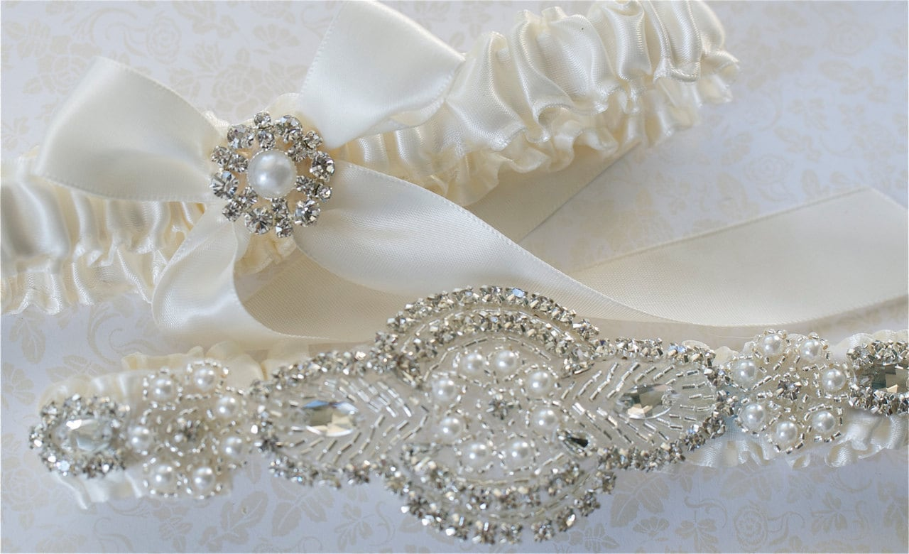 Wedding Garter Garter Set Pearl And By GartersByGarterLady