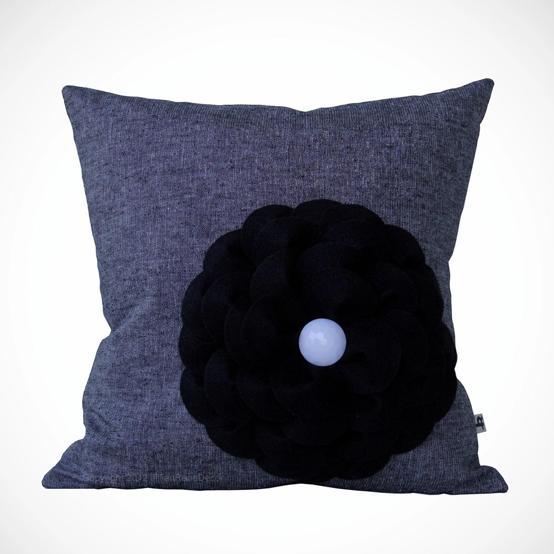 "16"" DESIGNER PILLOW - Black Felt Flower - White Honeycomb Dome Button - Black White Silver Thread Linen by JillianReneDecor Ready to Ship - JillianReneDecor"