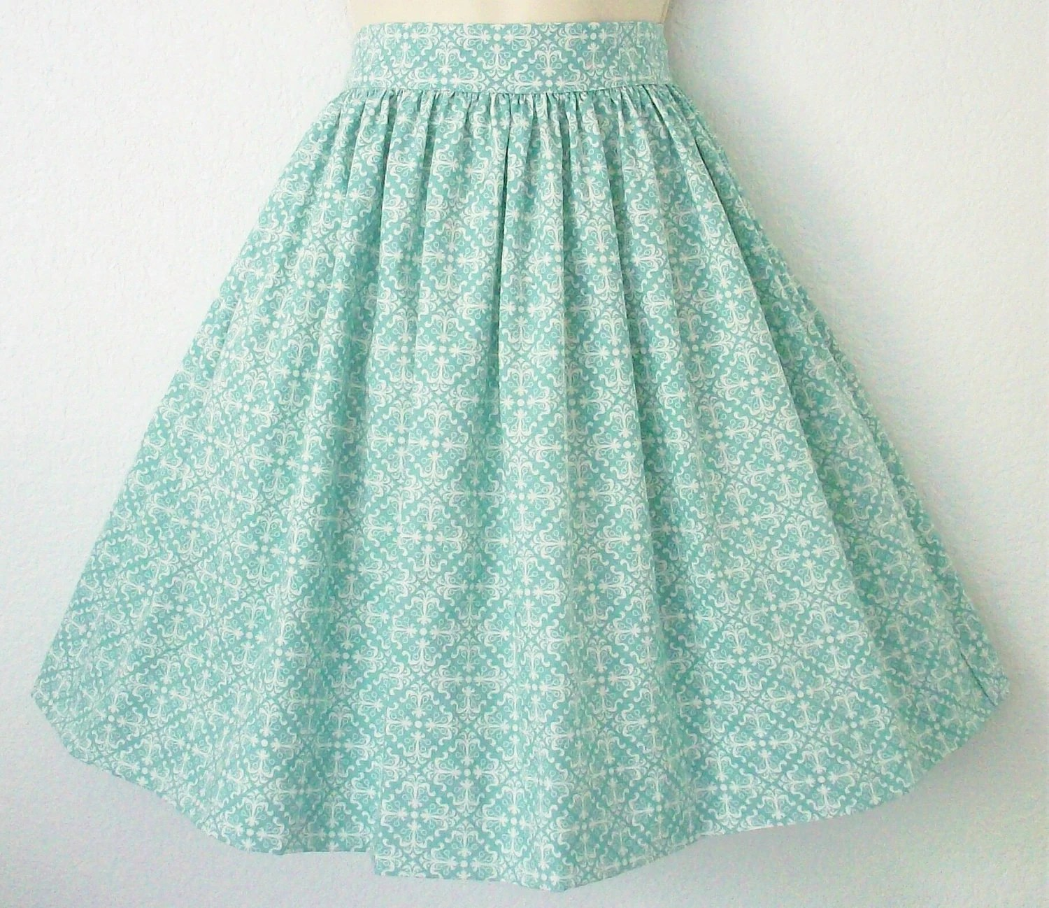 Retro Womens Gathered Full Skirt / Seafoam Green - Eclectasie