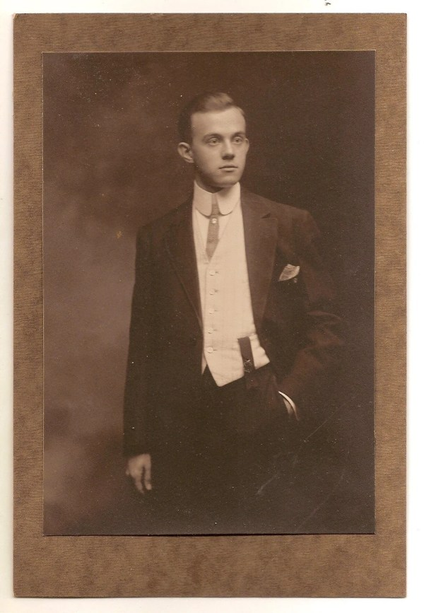 Vintage Photo Victorian Edwardian Man Fancy Suit Shirt Fashion