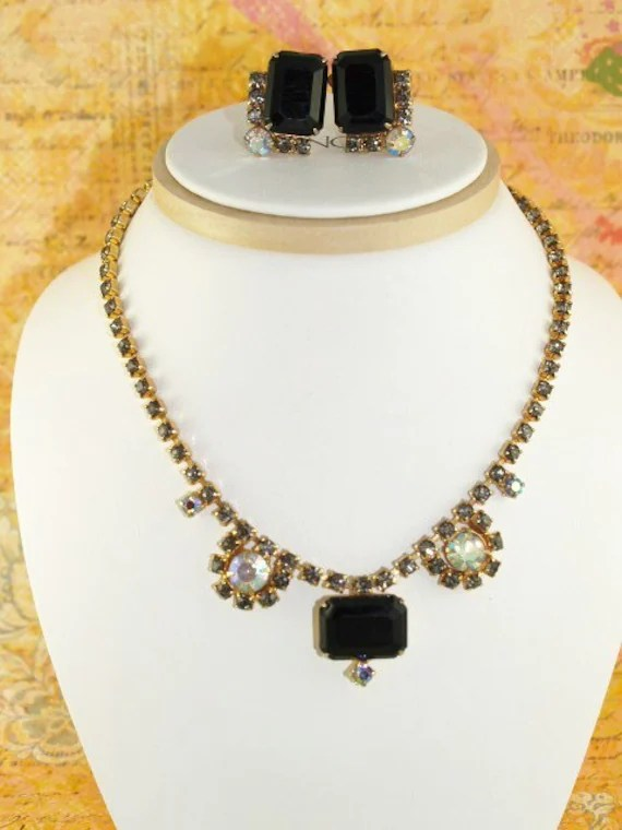 Classy Sparkle Black Rhinestone Vintage Necklace And Earring