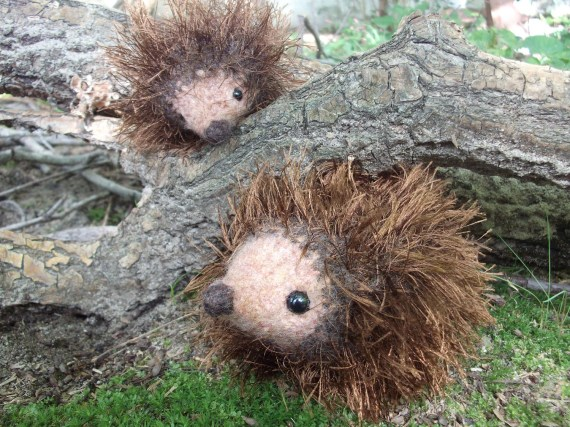 knitted, felted, fluffy hedgehog plushes - iFeltFanciful