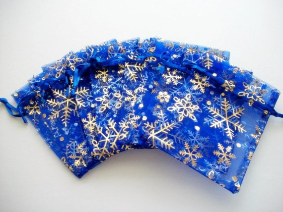 10 Organza Bags Royal Blue with Golden Snowflakes 3.5 x 5 inch - HandcraftedorVintage