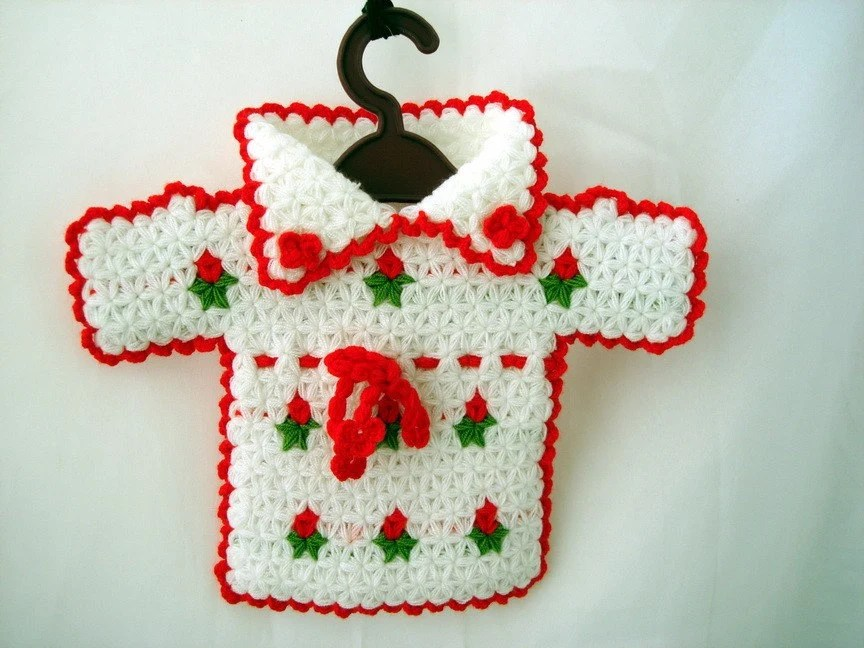Red and White  Crochet Sweater Walldecor Babby room or bath - boutiqueseragun