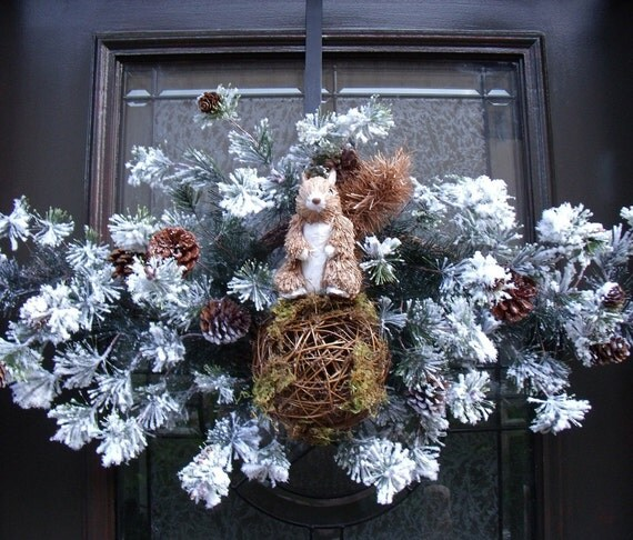 Winter Wreath Squirrel Winter Swag Flocked Wreath Door Decoration - LuxeWreaths