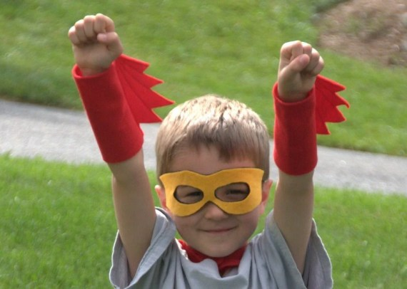 Superhero costume - includes cape, blaster cuffs and eyemask. - KiddieWinkDesigns