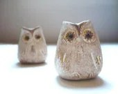 2 Beige Rustic Owls - Decoration - Home decor - Wedding - Handmade by oenopia - oenopia