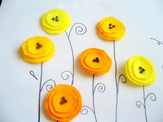 6 Sunshine Felt flowers applique sew on poppy 3 shades of yellow summer - FlowersByKara