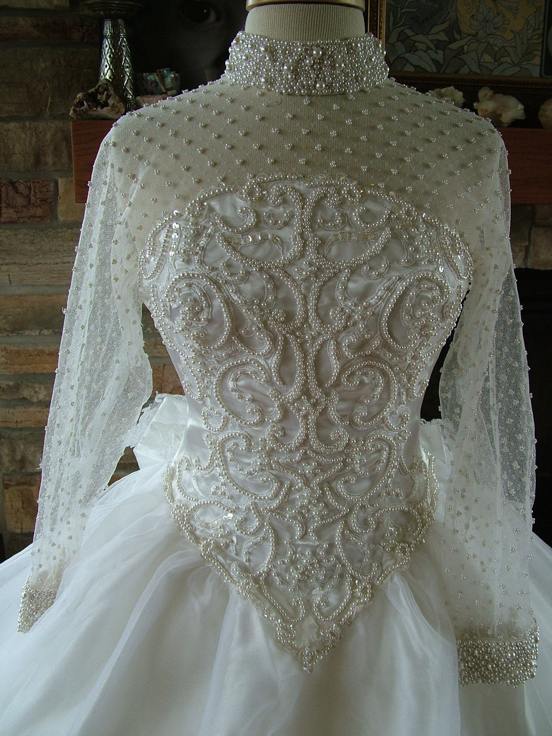 Wedding Dress Vintage Pearl Beaded Bridal Gown Ballgown Tulle