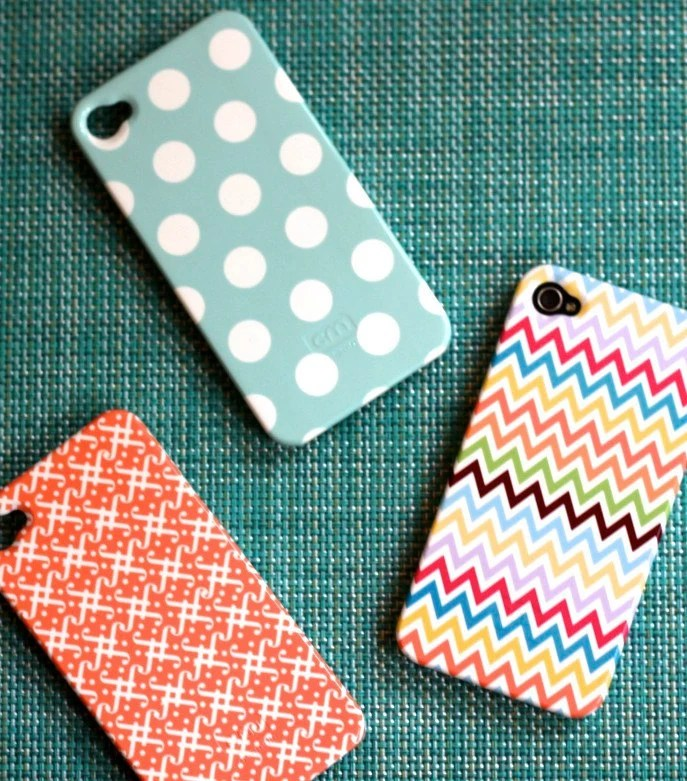 NEW - Multicolor Chevron  iPhone 4 or 4S Case