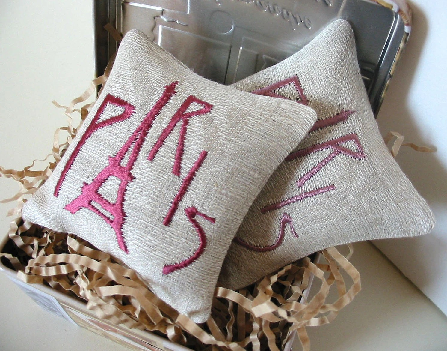 Lavender Sachets PARIS - Set of Two Embroidered Linen Cushions - tbteam - BelleCoccinelle