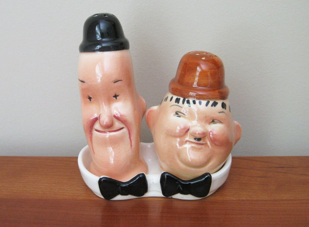 Vintage Laurel And Hardy Salt And Pepper Shakers Complete With