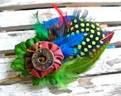 Rich color Playful Feather button Hat brooch clip - GwendolyneHats