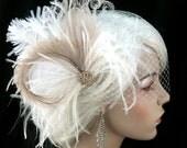 Great Gatsby Wedding Hair Clip, Bridal Feather Fascinator, Wedding Fascinator, Feather Fascinator, Gold-tone Rhinestone Center
