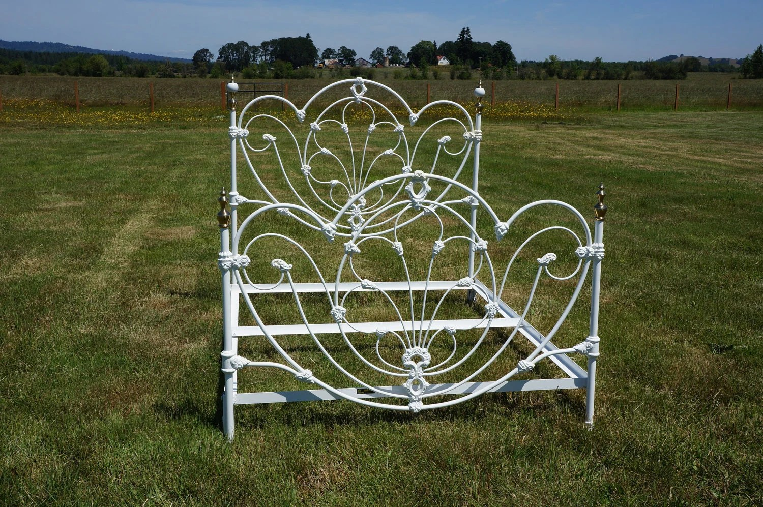 Omg Shabby Cottage Chic White Wrought Iron J/b Ross Queen Bed