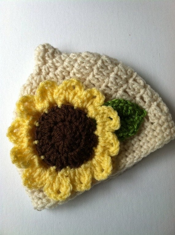 Crochet Baby Hat with Sunflower, Crochet Baby Hat, Newborn Hat, Pixie Hat, Sunflower Baby Hat, Hat with Flower, Baby Girl Hat, Infant Hat