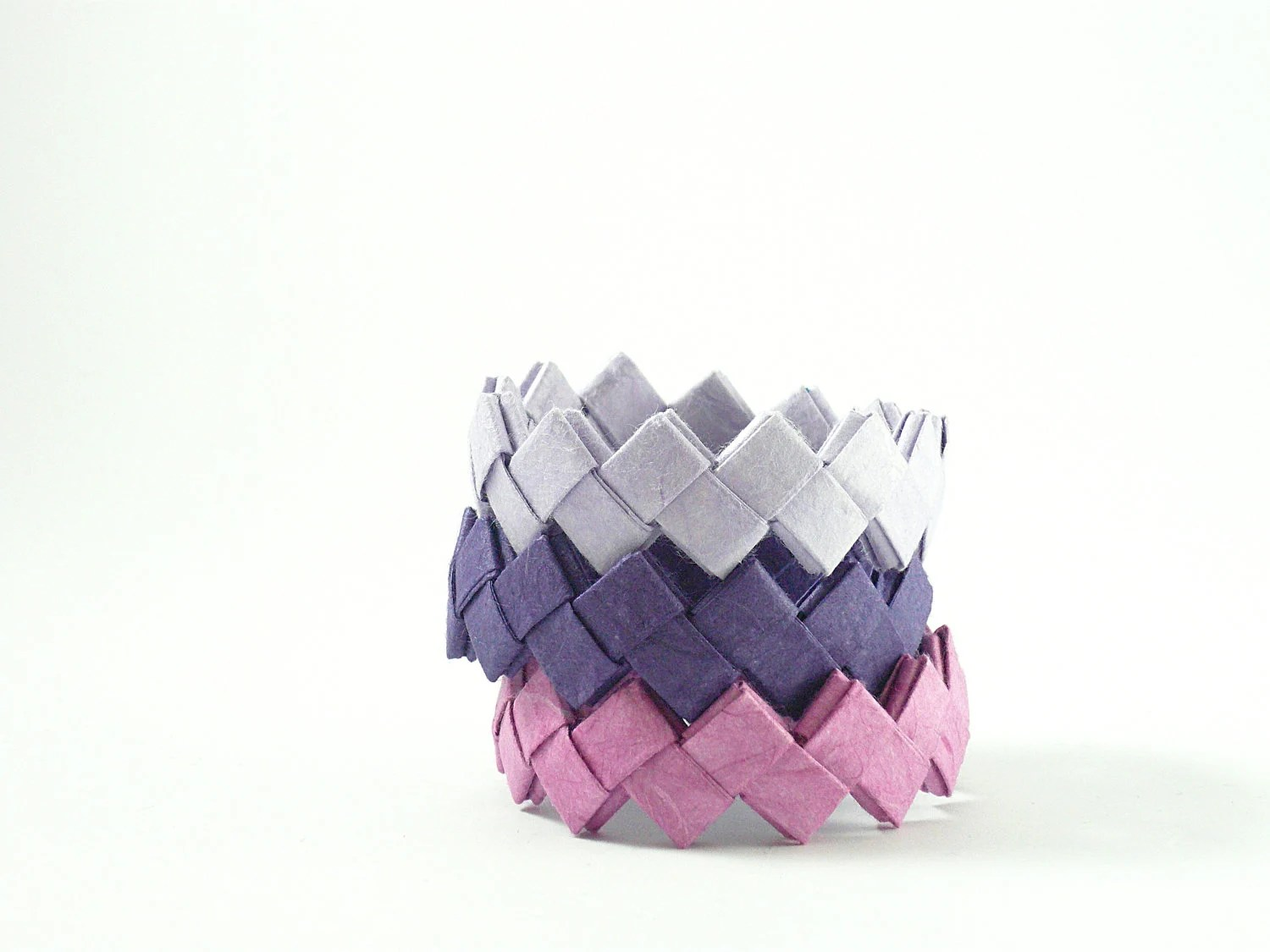 Paper bracelets - colorful paper jewelry- 45 different colors - Manufactapaper