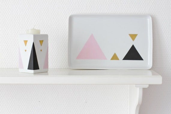 Geometric triangle candle holder