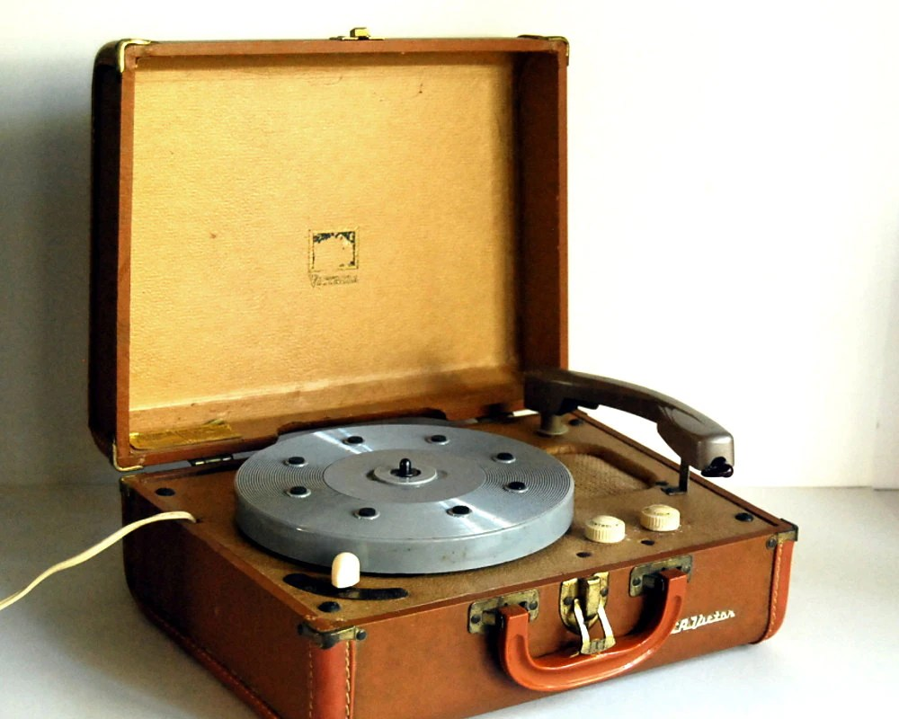 Record 1950s Player Portable