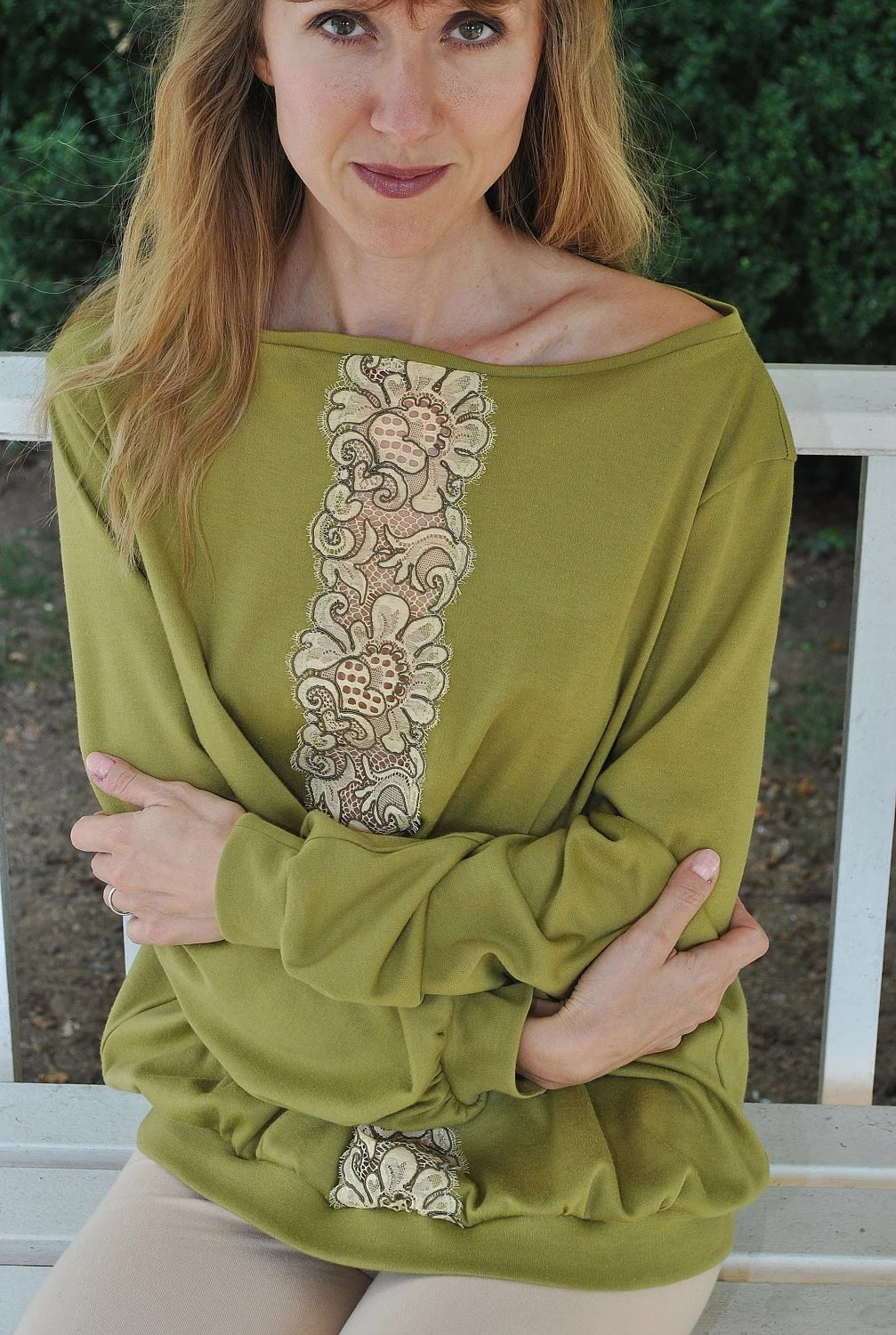 Olive green cotton shirt with vintage lace insert/ Olive and beige/ Bohemian style/ Modern boho/ rusteam ccteam tt team - marinaasta