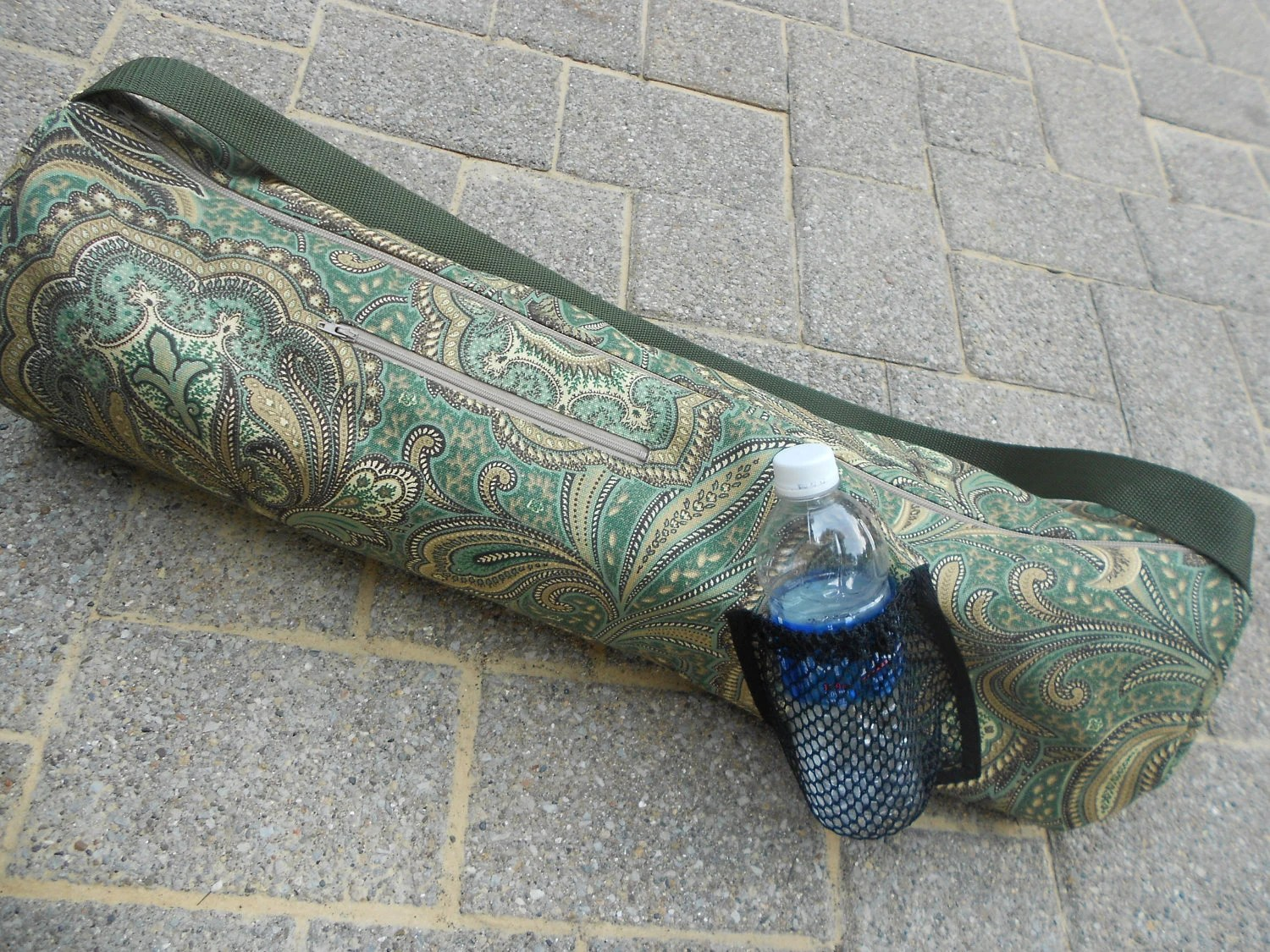 Yoga/pilates mat tote bag