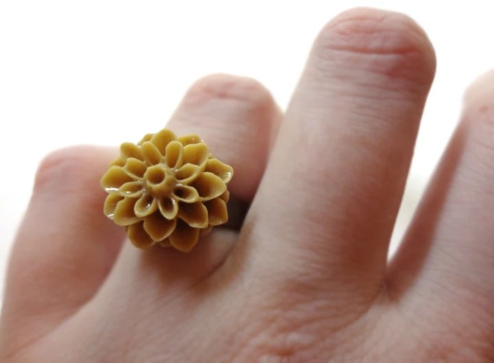 Light Brown Chrysanthemum Flower Bronze Adjustable Ring - Glamour365