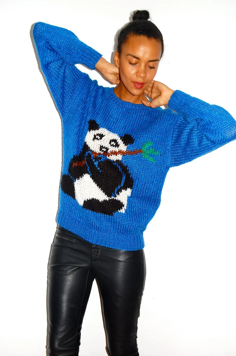 Vtg Panda Print Blue Black White Knitted Sweater