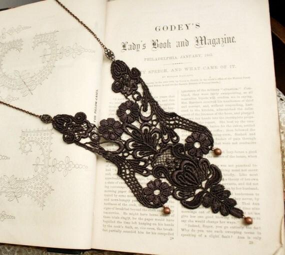 lace necklace -MARCHESSCA- espresso brown