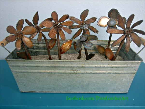 rusty metal flowers garden art Rusty Metal Garden Art flowers Barn Wedding by PatsGardenArt