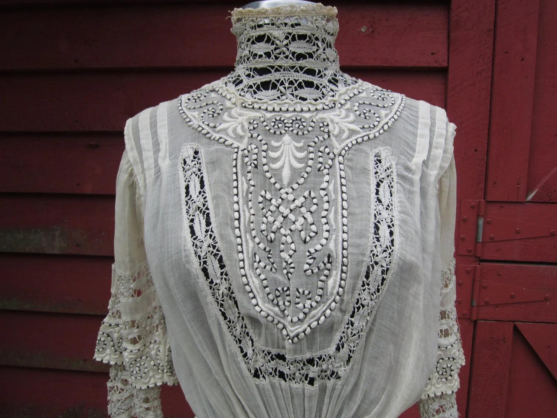 Edwardian Tea Dress/ Antique Victorian Dress/ Embroidered