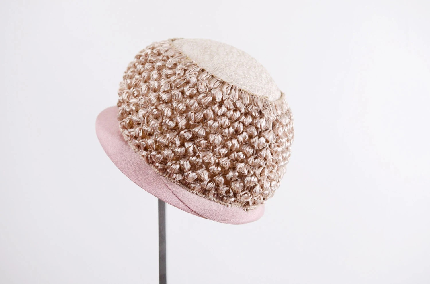 1960s Pink Bubble Cloche Hat