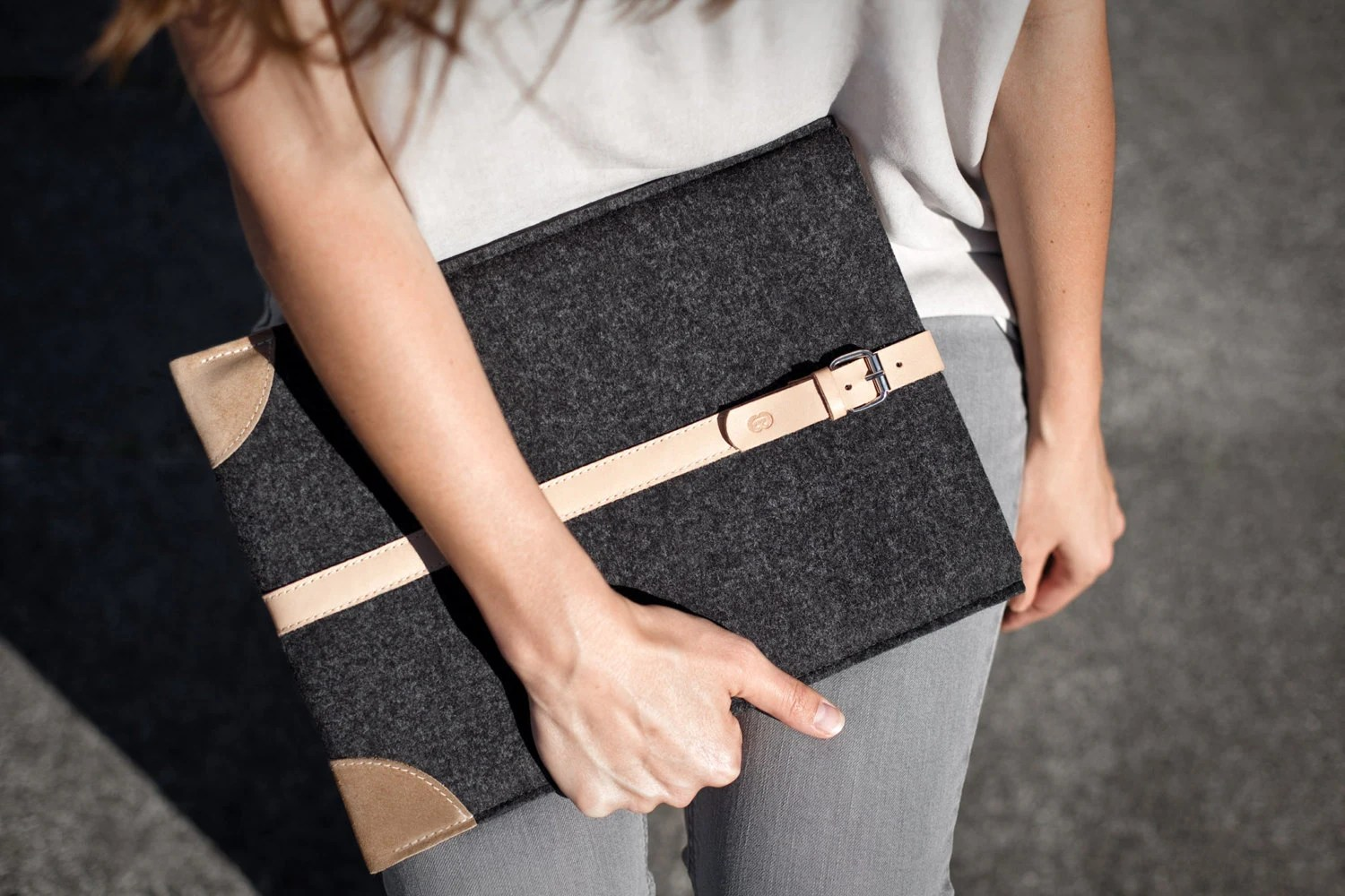"MacBook Pro 15"" Retina Sleeve/Smokey Grey Felt & Natural Leather"