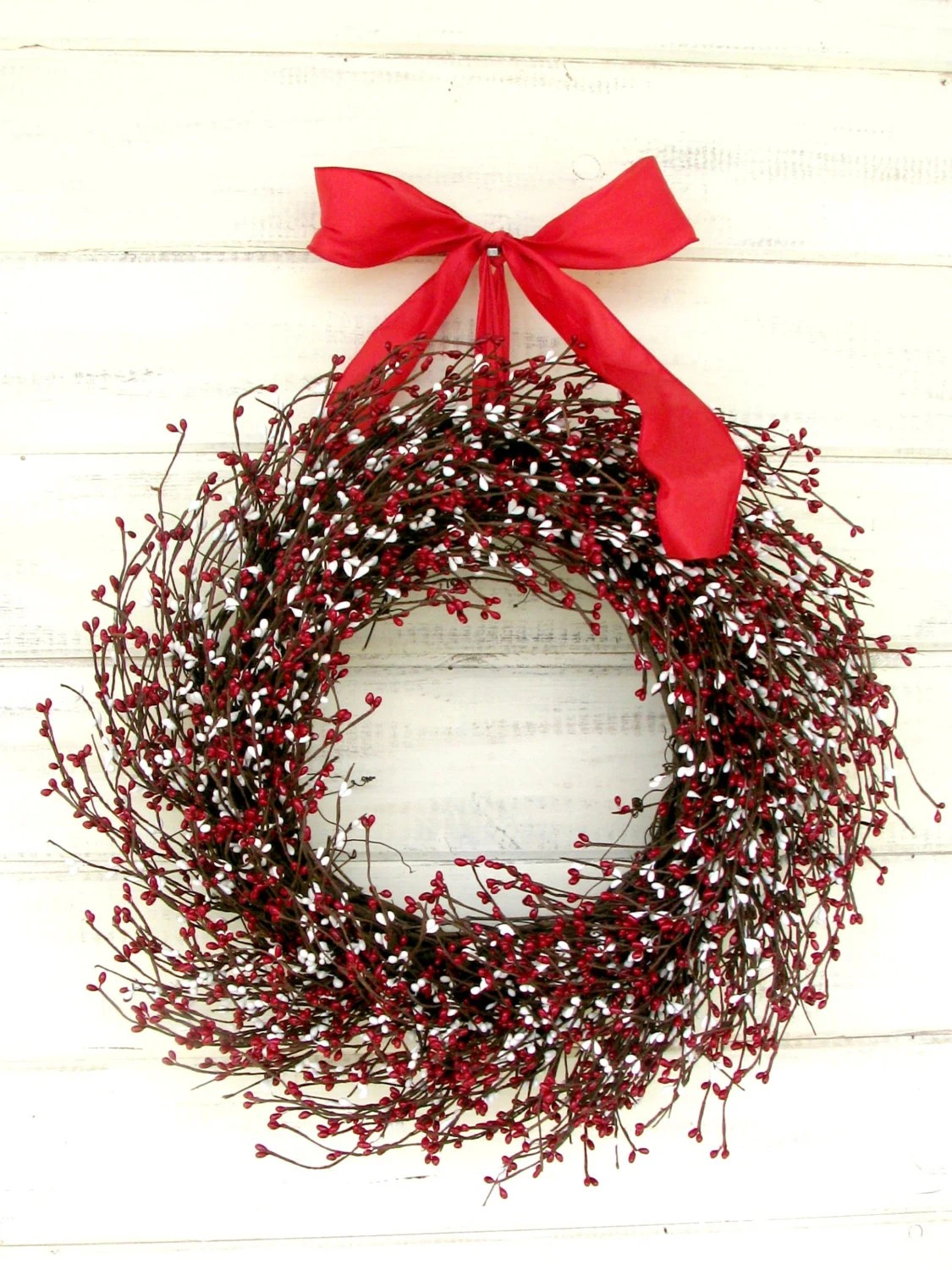 CANDY CANE LANE-Scented Red & White Christmas Holiday Wreath-Winter Wreath-Christmas Door Decor-Scented Candy Cane-Choose Scent and Ribbon - WildRidgeDesign