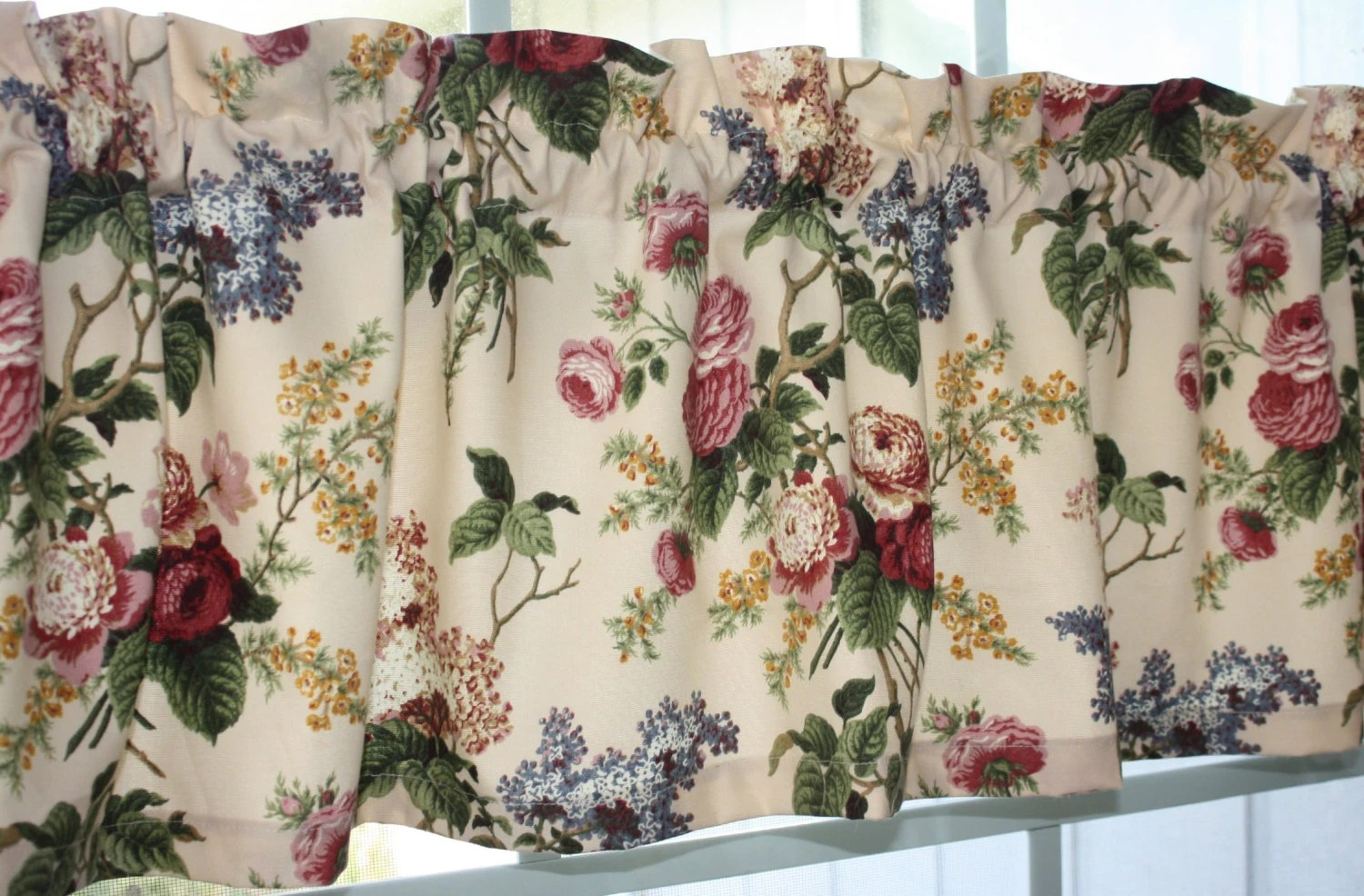 Valance Waverly Floral Emma S Garden Jewel In Pink Red