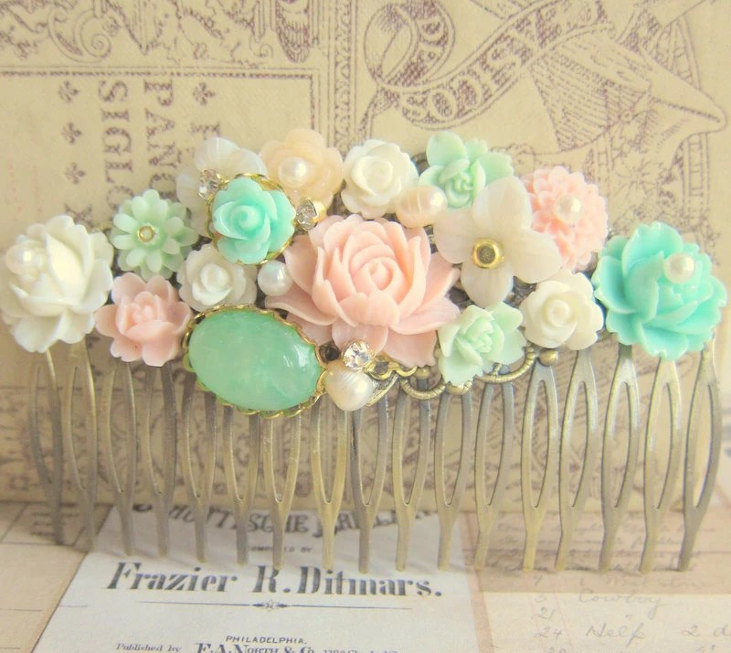 Pink Mint Green Hair Comb Pastel Colors Wedding Hair Comb Bridesmaid Hair Comb French Romance Secret Garden Spring Dream - Jewelsalem