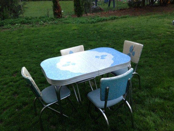 Items Similar To Vintage Formica Kitchen Table Set On Etsy
