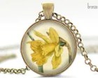 Vintage Daffodil Flower Necklace, Narcissus Art Pendant, Buttercup Jewelry (026)