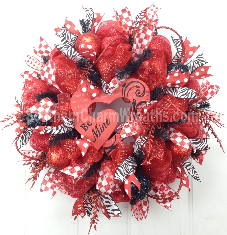 Deco Mesh Valentine Wreath Red White Black Heart Be Mine Sign