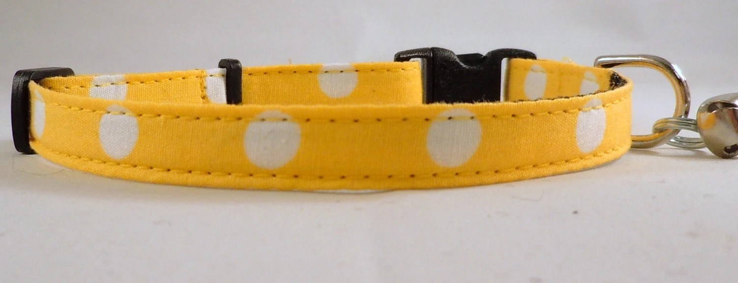 Cat Collar - Yellow Polka Dots