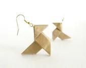 Gold silk Origami earrings with golden hooks - Joliejye