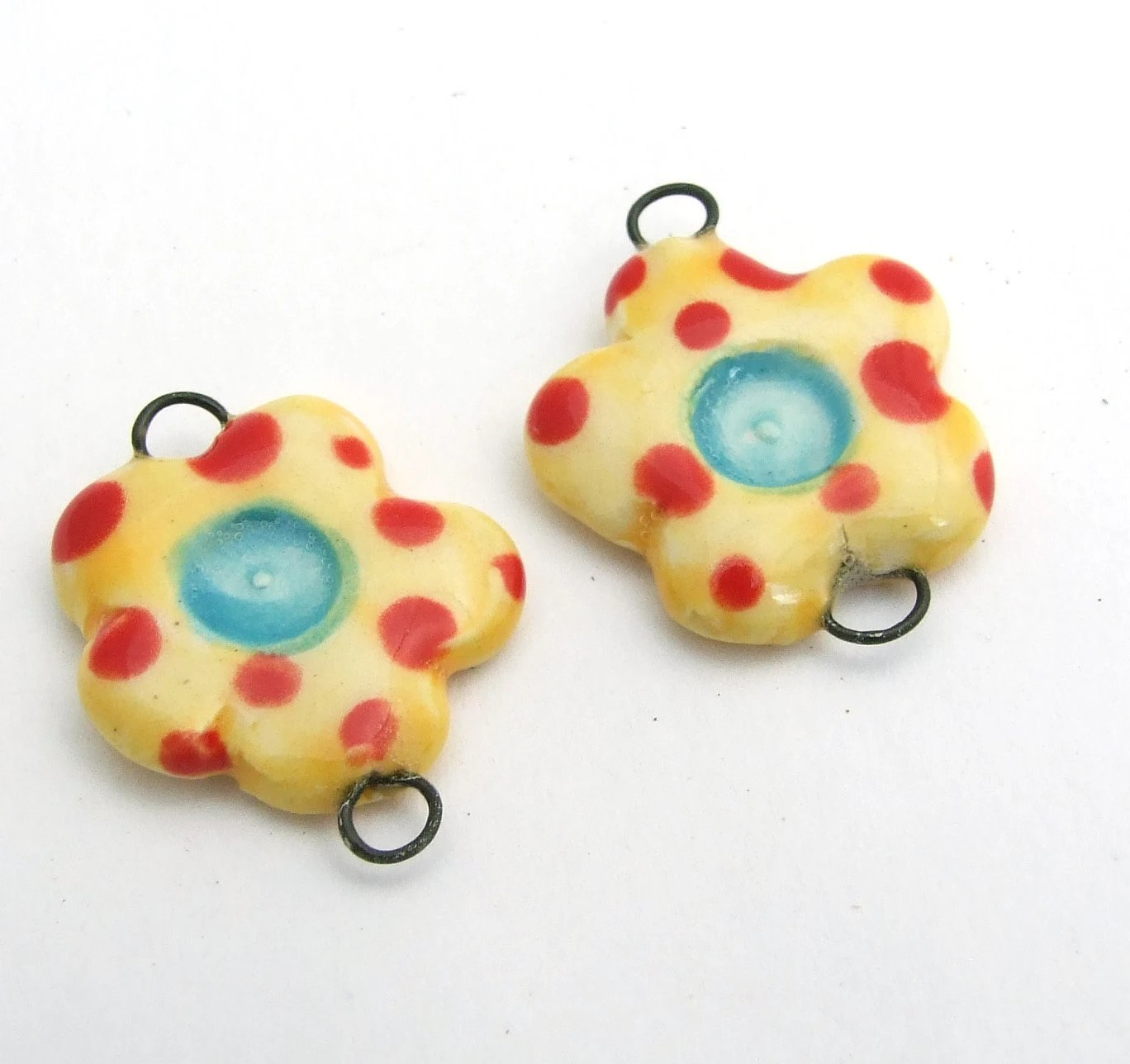 Itty Bitty Ceramic Flower Links, Set of 2