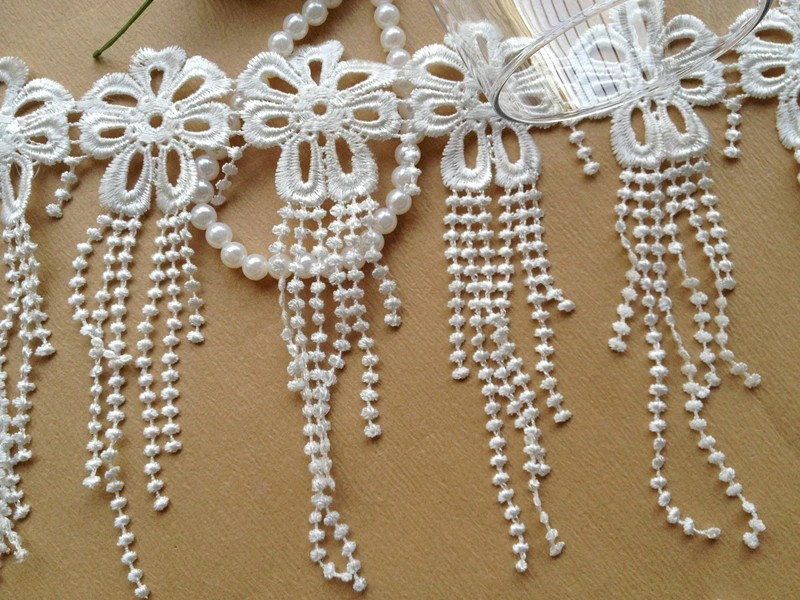 Venice Dangle Lace Trim