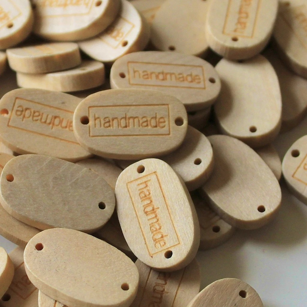 Wooden Oval 'Handmade' Sew-in Buttons / Garment Tags x 20 for Craft **UK Seller** - MoonStick