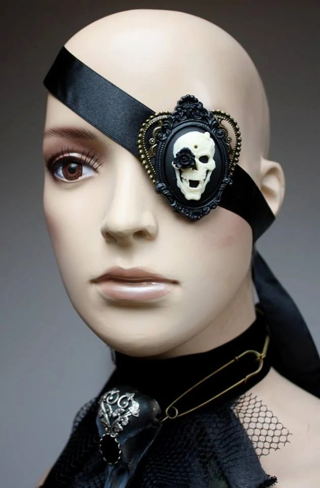 Skull cameo eye patch