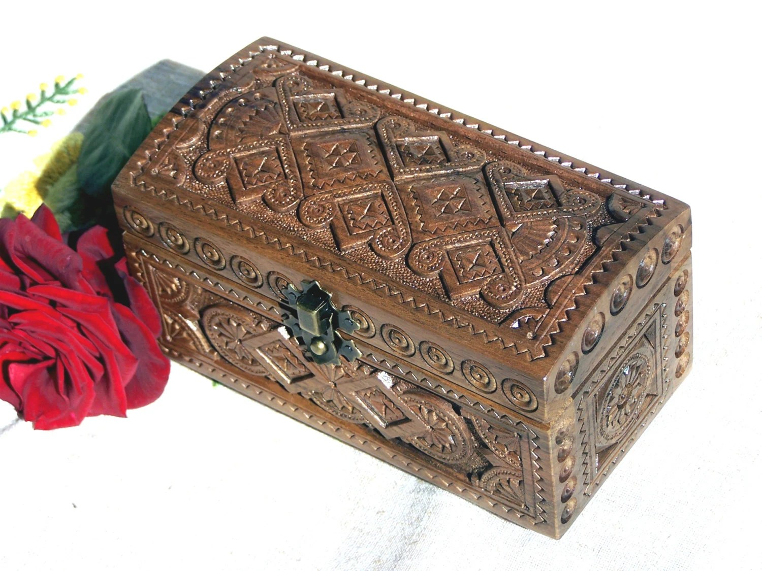 Jewelry box Ring box Wooden box Carved wood box Wedding gift Wood carving Jewellery box Jewelry boxes Wooden boxes Medieval ring boxes B28 - HappyFlying
